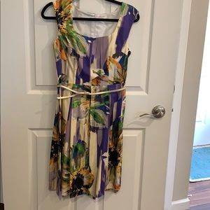 Beautiful print dress with attached belt